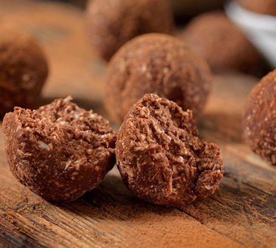 Chocolate Coconut Energy Balls with Turmeric SM